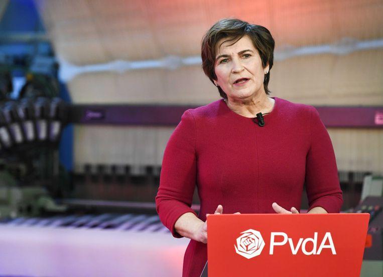 PvdA-lijsttrekker Lilianne Ploumen in het Textielmuseum in Tilburg tijdens de viering van het 75 jaar bestaan van de PvdA én de campagneaftrap van haar partij. Beeld ANP