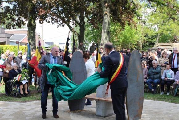 Afgelopen zaterdag  werd in de Hemelsveldstraat in Alken een herdenkingsceremonie gehouden.