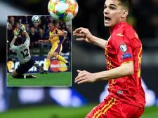 Ajax aast op de zoon van Roemeense legende Hagi