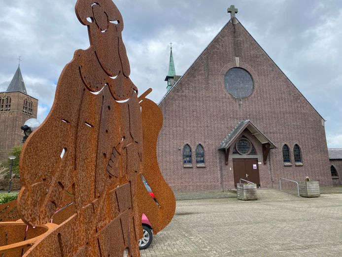 STEENSEL - De Heilige Luciakerk, die in de toekomst de deuren zal moeten sluiten.