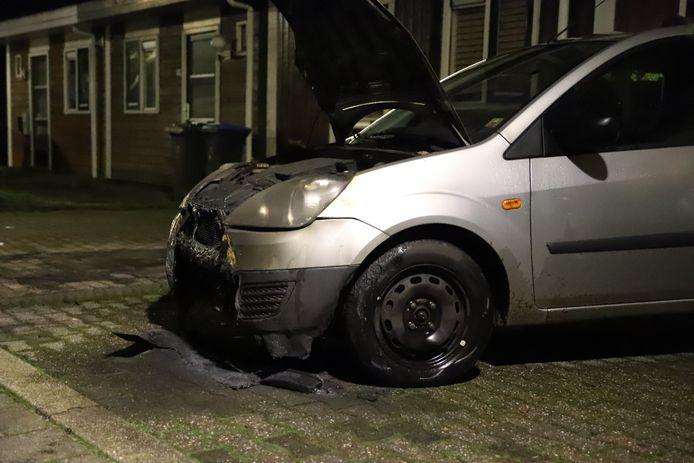 De schade aan het voertuig in Culemborg na de brand