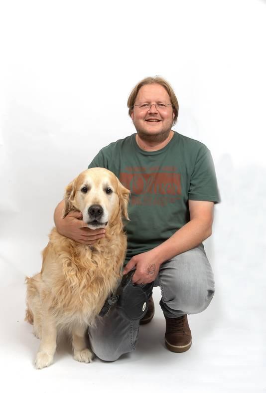 Sven Remijnsen (46) uit Kloetinge en hond Pluto