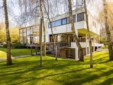 Kledingkoning Roland Kahn heeft zijn villa éindelijk verkocht, maar wel met flink verlies (2 miljoen!)