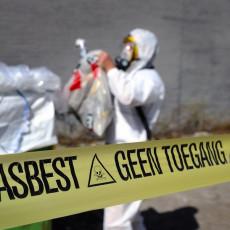 recycling-is-hip-maar-elke-afvalzak-met-asbest-belandt-gewoon-op-de-stort