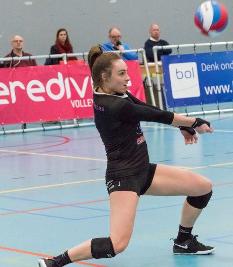 Teruggekeerde Rachel Feron leidt volleybalsters FAST naar zege