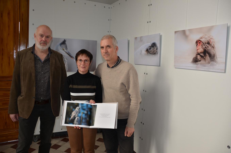 (Foto dateert van voor corona) Maurice Fruytier, Ann Coppens en Patrick Dieleman vlak voor de opening van de tentoonstelling.
