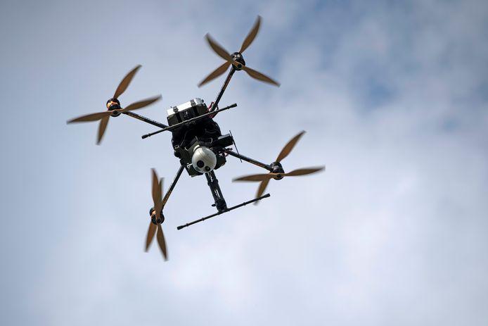 De drone is volgens Pieter De Crem het vervoersmiddel van de toekomst. Aalter wil een pioniersrol spelen.