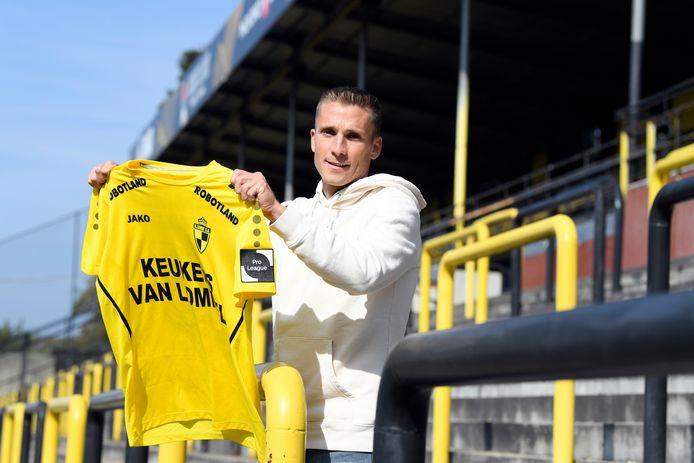 Nils Schouterden op 'Den Berg'. De ervaren flankspeler tekende tot het einde van het seizoen bij Lierse.