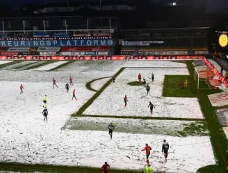"""KV Kortrijk boos om Oostends sneeuwtapijt: """"Je mag toch verwachten dat je sneeuw kunt ruimen als je in de Pro League speelt"""""""