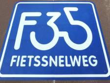 Klus voor uitbreiding fietssnelweg bij Wierden gaat van start