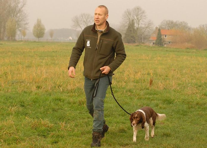 Jachthondentrainer Patrick Groeneweg uit Oud-Beijerland.