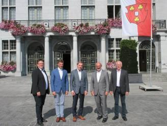 Burgemeester van het Duitse Kleve bezoekt Ronse om halve eeuw stedenband voor te bereiden