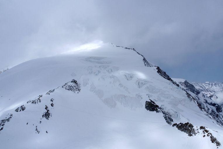De groep werd verrast door stormweer verrast in de buurt van de  Pigne d'Arolla (3.796 meter)
