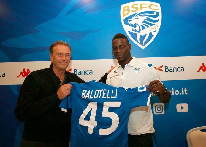Cellino (l) bij de aanstelling van Balotelli deze zomer.