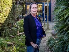 Gedenktekens voor vluchtelingen: docent Sandra Hol maakt trauma's van leerlingen van dichtbij mee