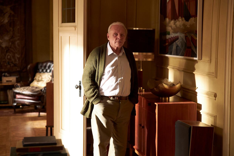 Anthony Hopkins (83), de oudste Oscar-winnaar ooit, in 'The Father'. Beeld SEAN GLEASON