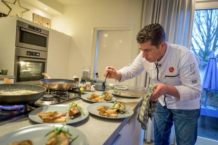 """Meester-kok Lars van Galen: ,,Zonder de NOW-regeling hadden we het niet gered."""""""