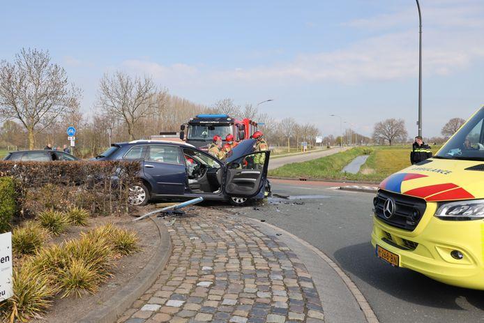 Ongeluk op rotonde in Sprang Capelle
