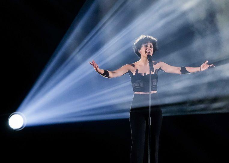 Barbara Pravi zong namens Frankrijk de chanson Voilà.  Beeld EPA