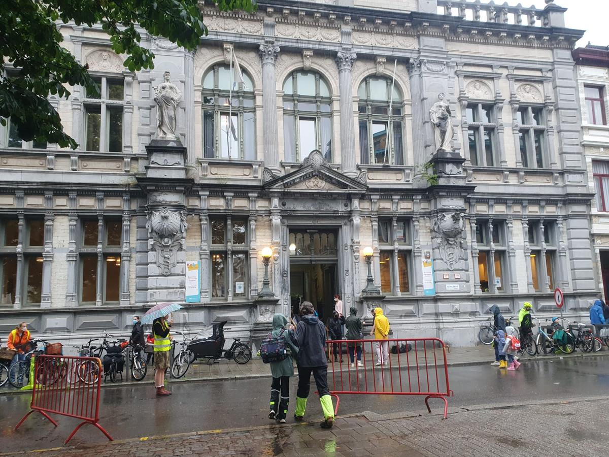 De leerlingen en leerkrachten van de Muzische basisschool K'do in de Schildersstraat kunnen vandaag op het crisisteam van het CLB rekenen.