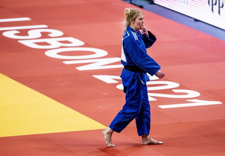 Kim Polling na afloop van de wedstrijd tegen Margaux Pinot uit Frankrijk. Beeld ANP