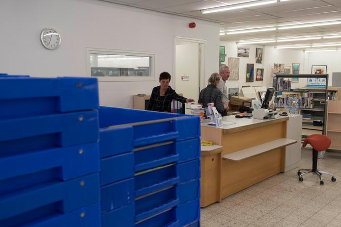 De verhuisdozen in het nieuwe pand van de bibliotheek zijn net uitgepakt.
