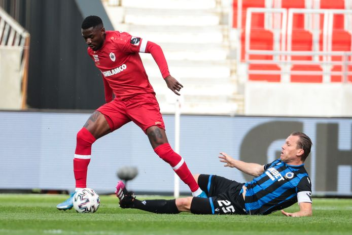 Ruud Vormer in actie tegen Antwerp.