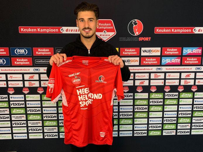 Berk Cetin speelt dit seizoen op huurbasis in Helmond.