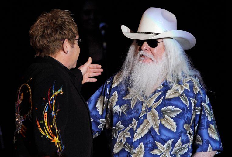 ►Dit was Russell: witte baard, donkere zonnebril. Beeld AP