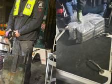 50 kilo cocaïne in metalen kist onder schip in  Vlissingen