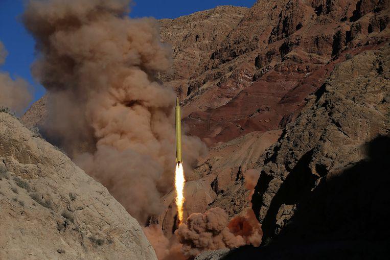 Kruisraket afgevuurd door het Iraans leger tijdens een grootschalige militaire oefening. Beeld AP