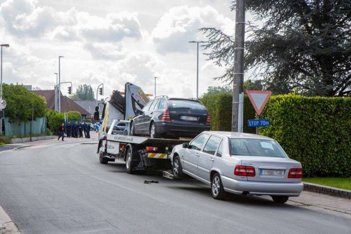 De nombreux véhicules ont été saisis lors de l'enquête.