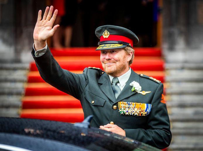 Archiefbeeld ter illustratie: koning Willem-Alexander verlaat de Ridderzaal tijdens Veteranendag 2020. Wegens het coronavirus zag de viering er anders uit dan normaal.