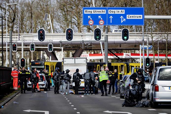Bij de schietpartij in een tram op het 24 Oktoberplein kwamen drie mensen om het leven.