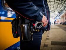 Stelling | Een zwarte lijst maakt eindelijk een eind aan de treinterreur