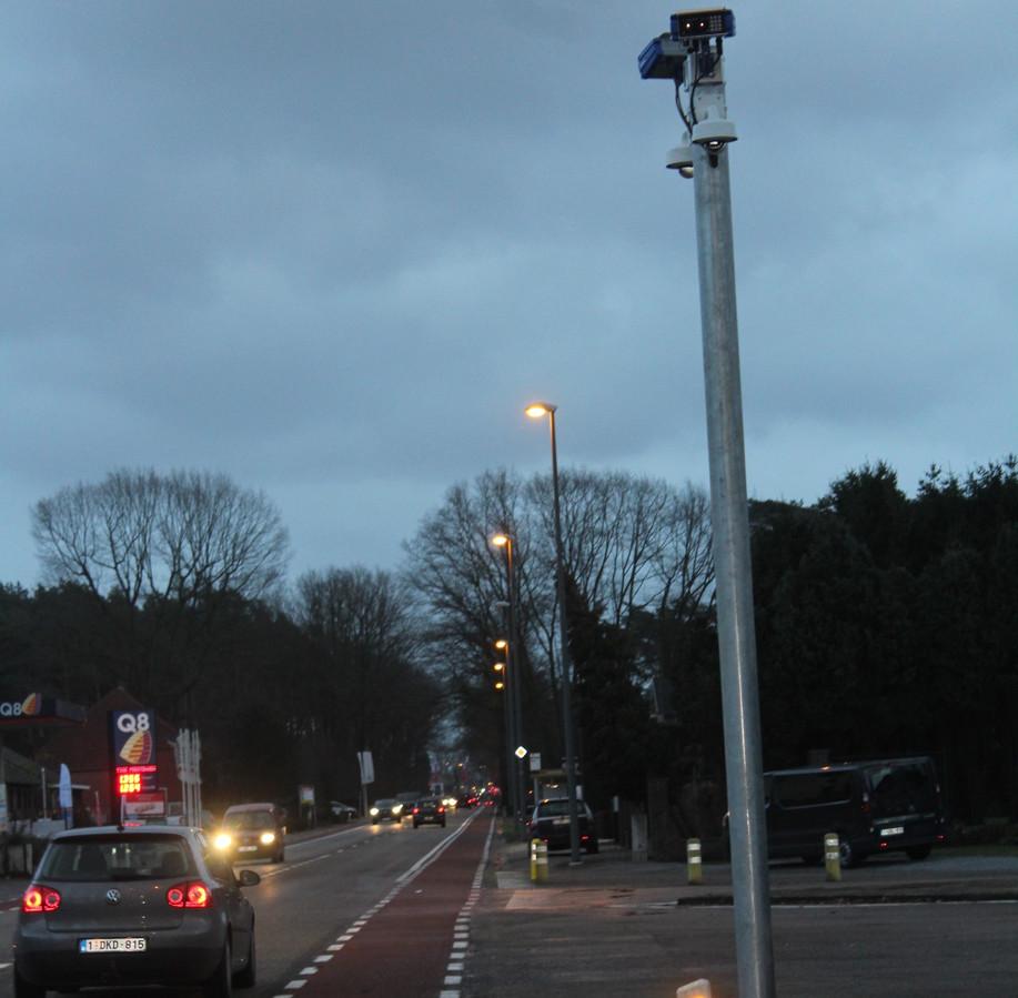 De nieuwe ANPR camera staat op de grens van Beringen met Heusden-Zolder