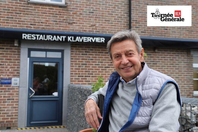 Willy Sommers bij zijn favoriete restaurant in Lennik.