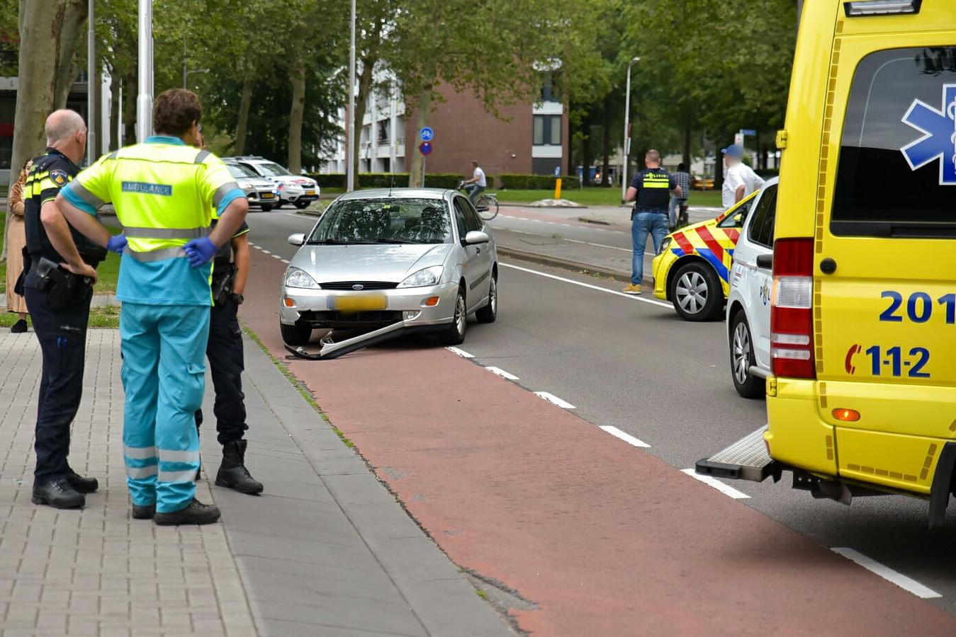 Scooterrijder gewond in Tilburg.