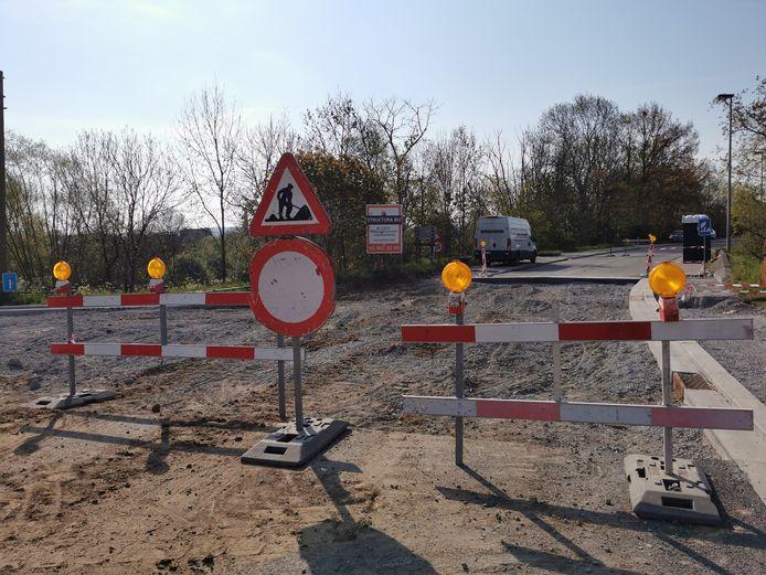In Lot zijn de werken aan de Stationstraat nog niet klaar.