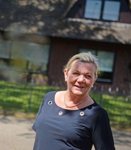 Wat ze ook doet, Hetty uit Oldenzaal komt maar niet af van ziekmakende rupsen