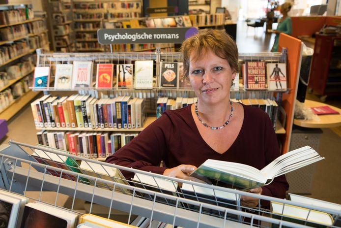 Sabine Tielenius Kruythoff is per 1 september de nieuwe directeur van Bibliotheek Salland met locaties in de gemeenten Raalte, Olst-Wijhe en Ommen.