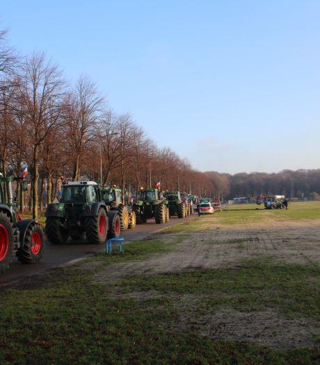 Boeren vertrekken weer uit Den Haag