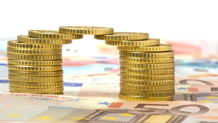 De grote drie ING, ABN en Rabo geven spaarders gemiddeld een half procent rente per jaar. Beeld Thinkstock