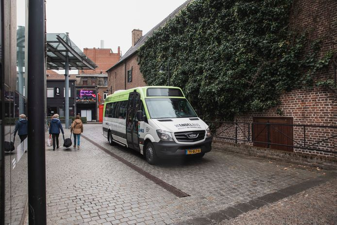 De gloednieuwe, elektrische Wandelbus van Hasselt gaat vanaf vrijdag het centrum rond.
