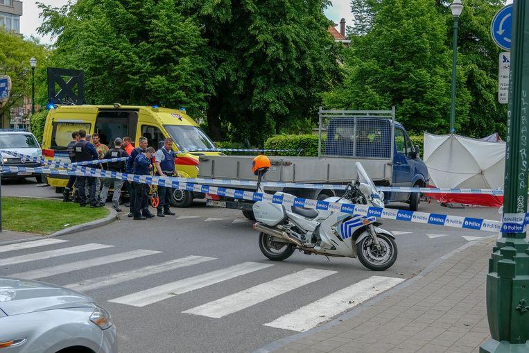 De 52-jarige vrouw werd vrijdagmiddag van het zebrapad gemaaid aan het Verdiplein in Anderlecht.