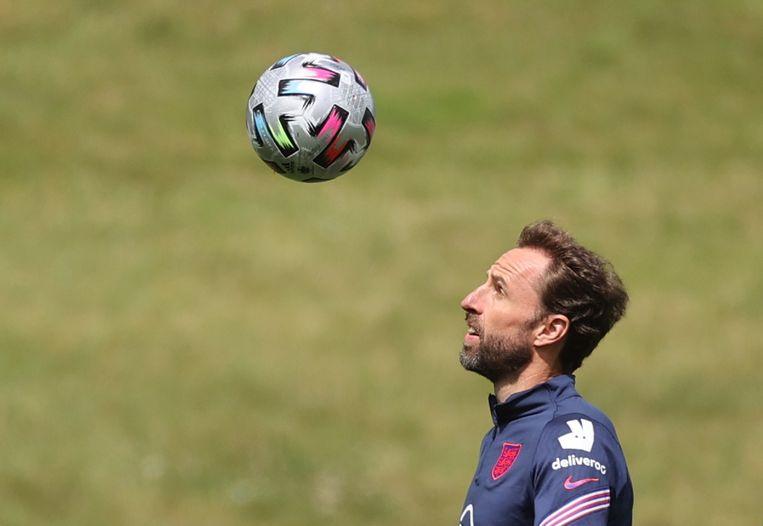 Gareth Southgate tijdens een training van zijn nationale ploeg.  Beeld Reuters