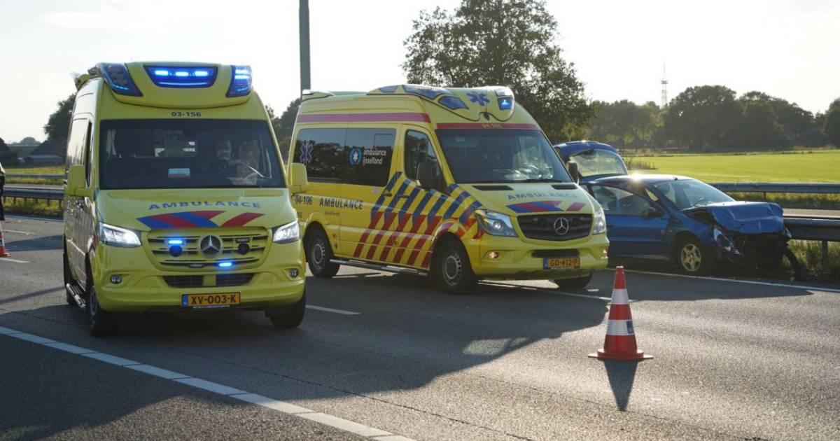 Dik een uur vertraging op A28 bij Zwolle na ongeluk met meerdere autos.