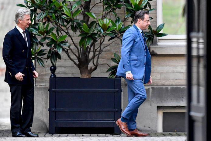 Gisteren ging onder andere N-VA-voorzitter Bart De Wever al langs bij koning Filip.