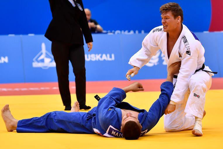 Matthias Casse (in het wit) won zijn halve finale in de golden score met ippon.