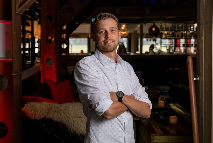 Bedrijfsleider Joost Rissewijck van Brasserie The Hangar op vliegveld Teuge.